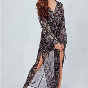 Love stitch floral maxi dress